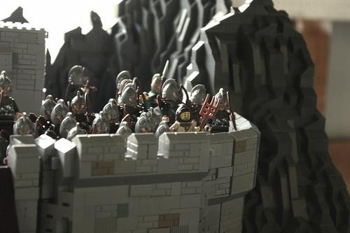 Helms Deep LEGO 4