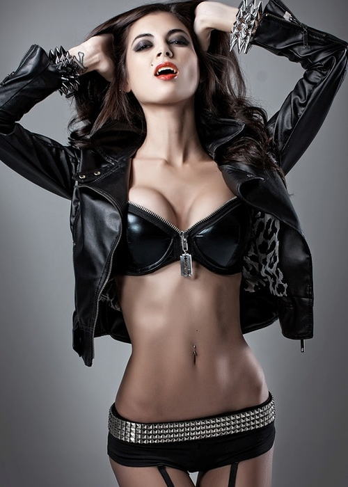 LeeAnna Vamp – Cosplay Hottie