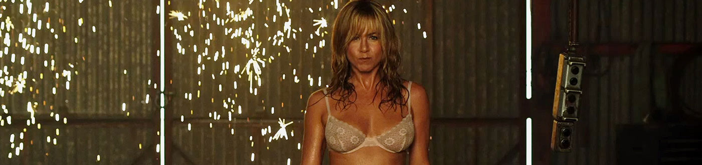 "Red Band Trailer for ""We're the Millers"" with Jennifer Aniston playing a Stripper"