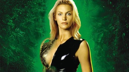 Natasha Henstridge as Sil