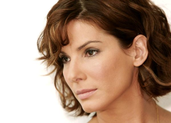 Top 5 Sexiest Sandra Bullock Movie Scenes