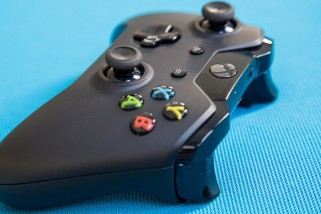 PS4 vs XBox Sales – Fastest Selling Console Record – Who will Win?