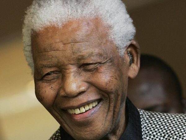 Nelson Mandela Dies A Week After Biopic 'Mandela: Long Walk To Freedom' is Released