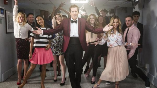 Kevin Bacon Recreates 'Footloose' Dance on 'The Tonight Show'