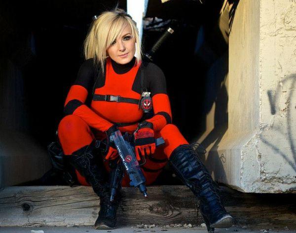 Jessica Nigri Deadpool Cosplay