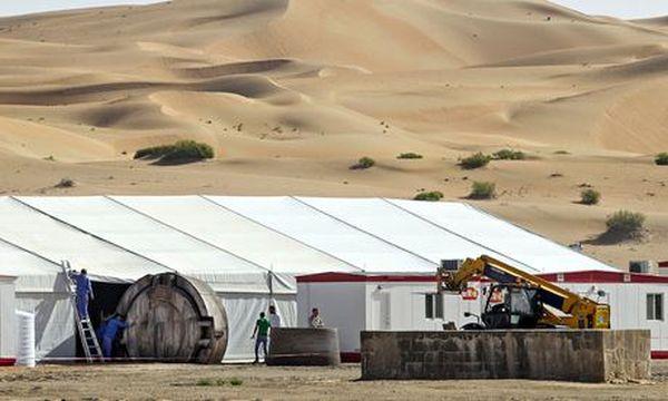 'Star Wars: Episode 7' to Start Filming on May 13 in Abu Dhabi Desert