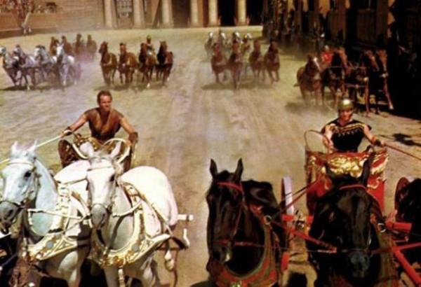 ben-hur-still-chariot-race