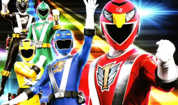 "Roberto Orci  Says ""I Won't Ruin"" the 'Power Rangers' Reboot"