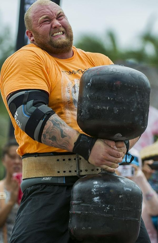 The Mountain from 'Game Of Thrones' is Europe's 2014 Strongest Man Champion