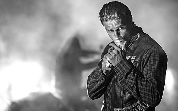 Charlie Hunnam Might Play Snake Plissken in 'Escape from New York' Remake