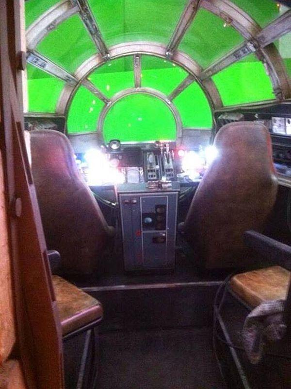 First Look: 'Star Wars: Episode 7' Millennium Falcon's Sexy Interior Pics