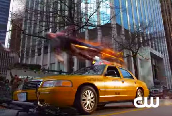 'The Flash' Sprints at Top Speed to Save People in New Trailer