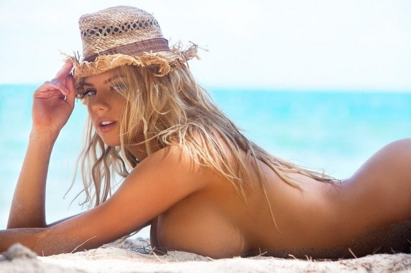 Wallpapers - Is Charlotte McKinney the Next Kate Upton?