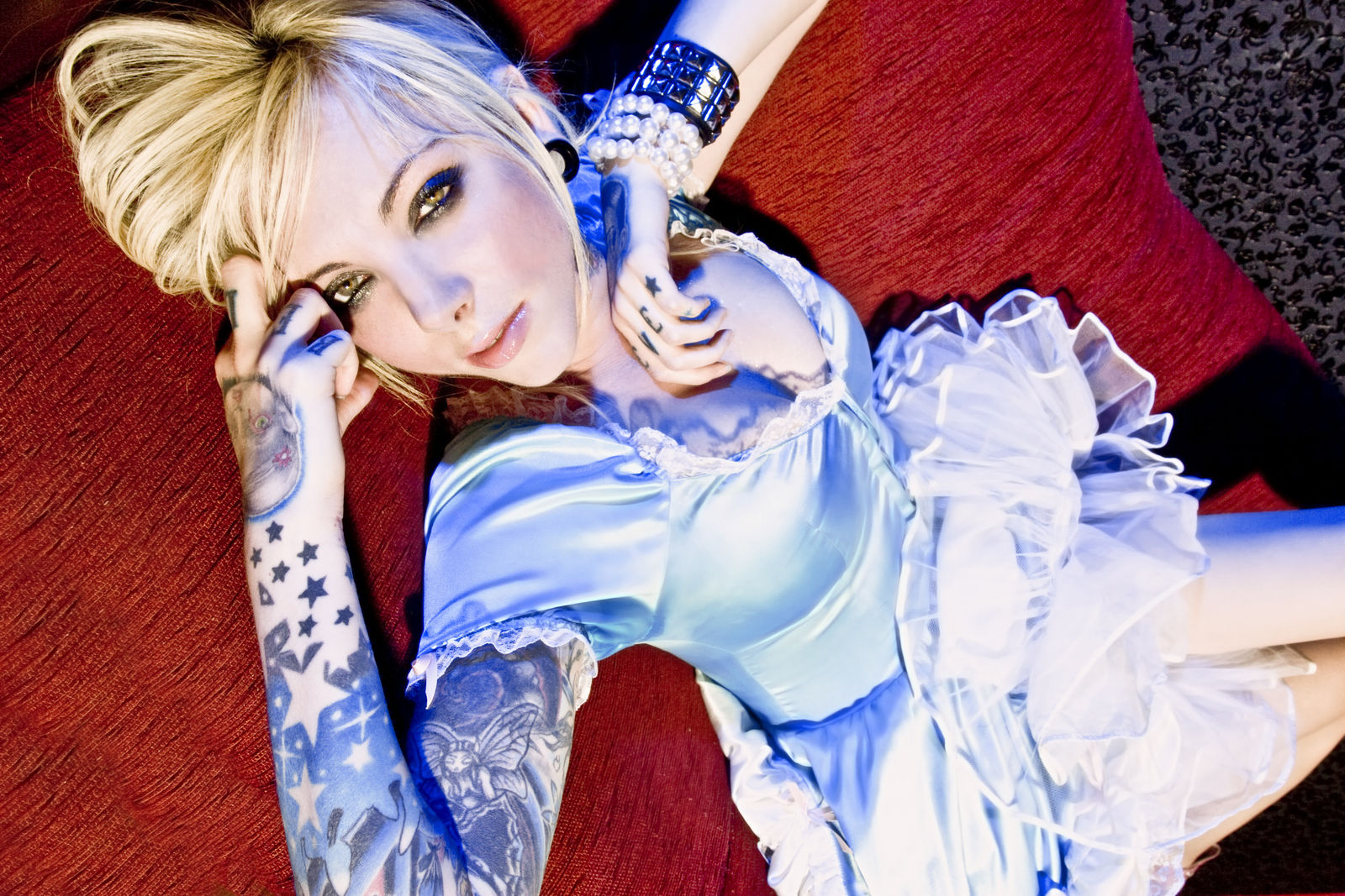 Vote for your woman of rock rock goddess 2014 geekshizzle - Maria brink pics ...