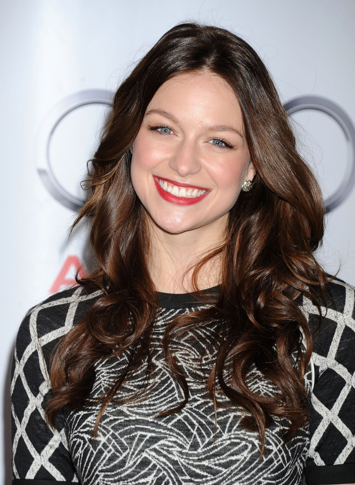 Confirmed – Melissa Benoist Is The New Supergirl