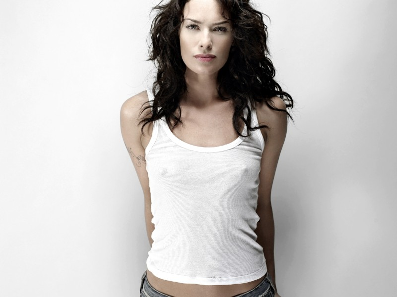 Lena_Headey_3195_Wallpaper