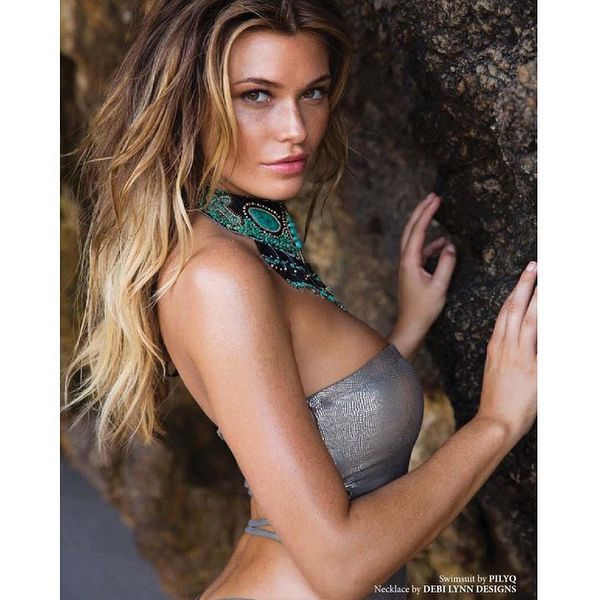 Samantha Hoopes pics via Instagram