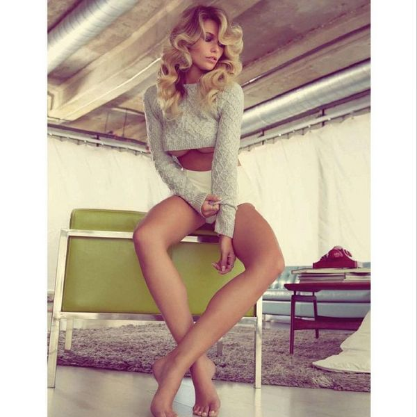 Samantha Hoopes pics via Instagram