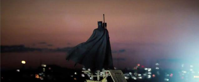 Batman v Superman Detailed Trailer Breakdown 12