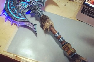 Must Have World Of Warcraft Shadowmourne Weapon Prop