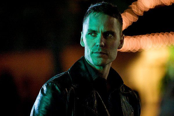 Taylor Kitsch plays Paul Woodrugh, a war veteran and motorcycle cop for the California Highway Patrol who discovers a crime scene which triggers an investigation involving three law enforcement groups, multiple criminal collusions, and billions of dollars.