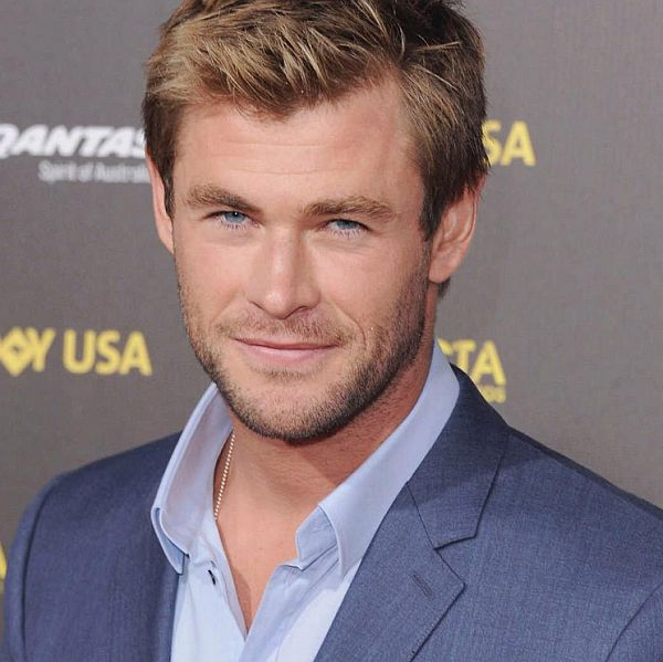 Chris Hemsworth to Play Receptionist in All-Female 'Ghostbusters' Reboot