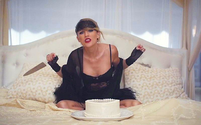 Taylor Swift's 'Blank Space' Video Breaks the Fastest to Reach 1 Billion Views Record on Vevo