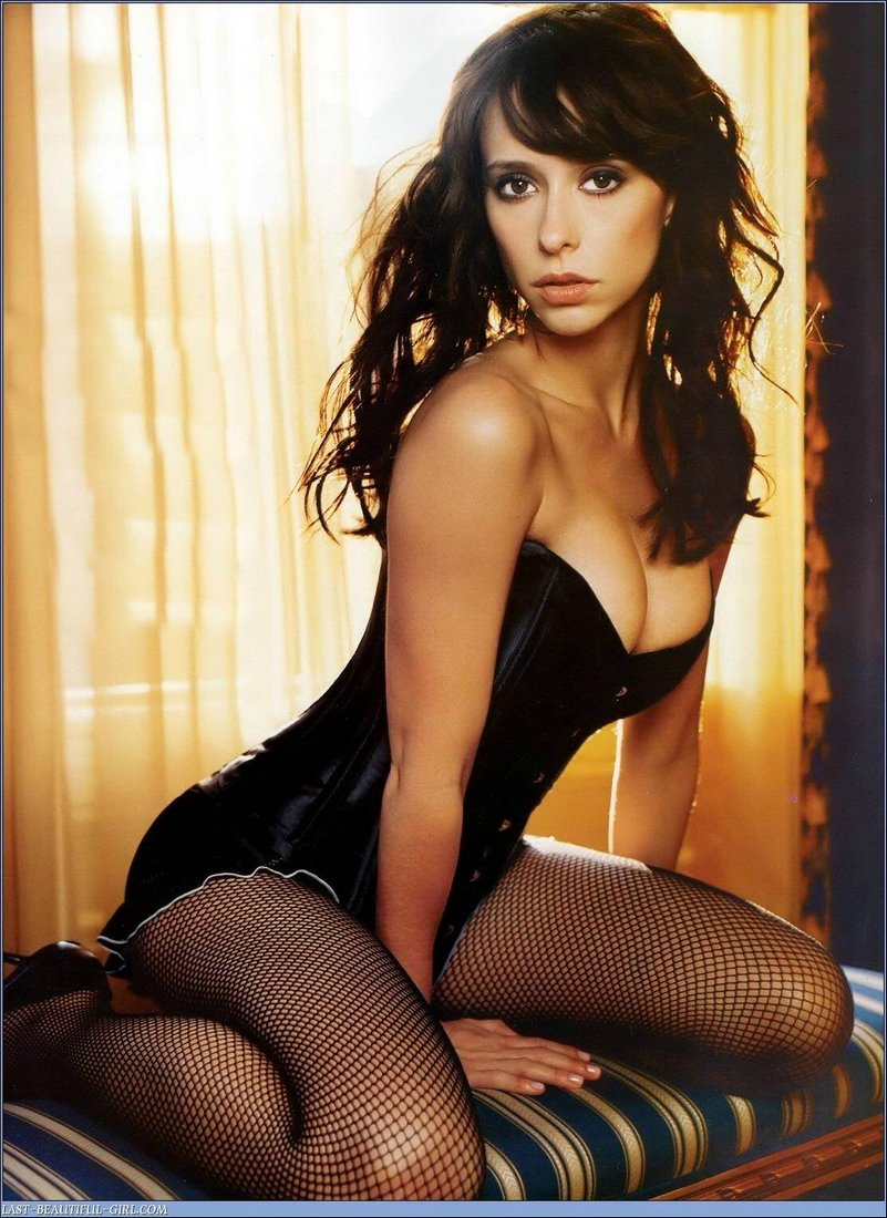 Jennifer Love HEwitt 2
