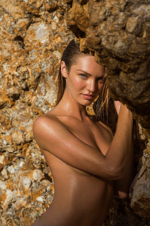 Candice-Swanepoel-Sexy-2015-20