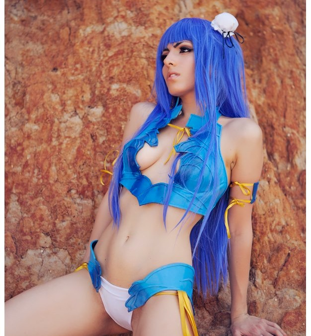 Top 5 Sexiest Cosplayers in 2015