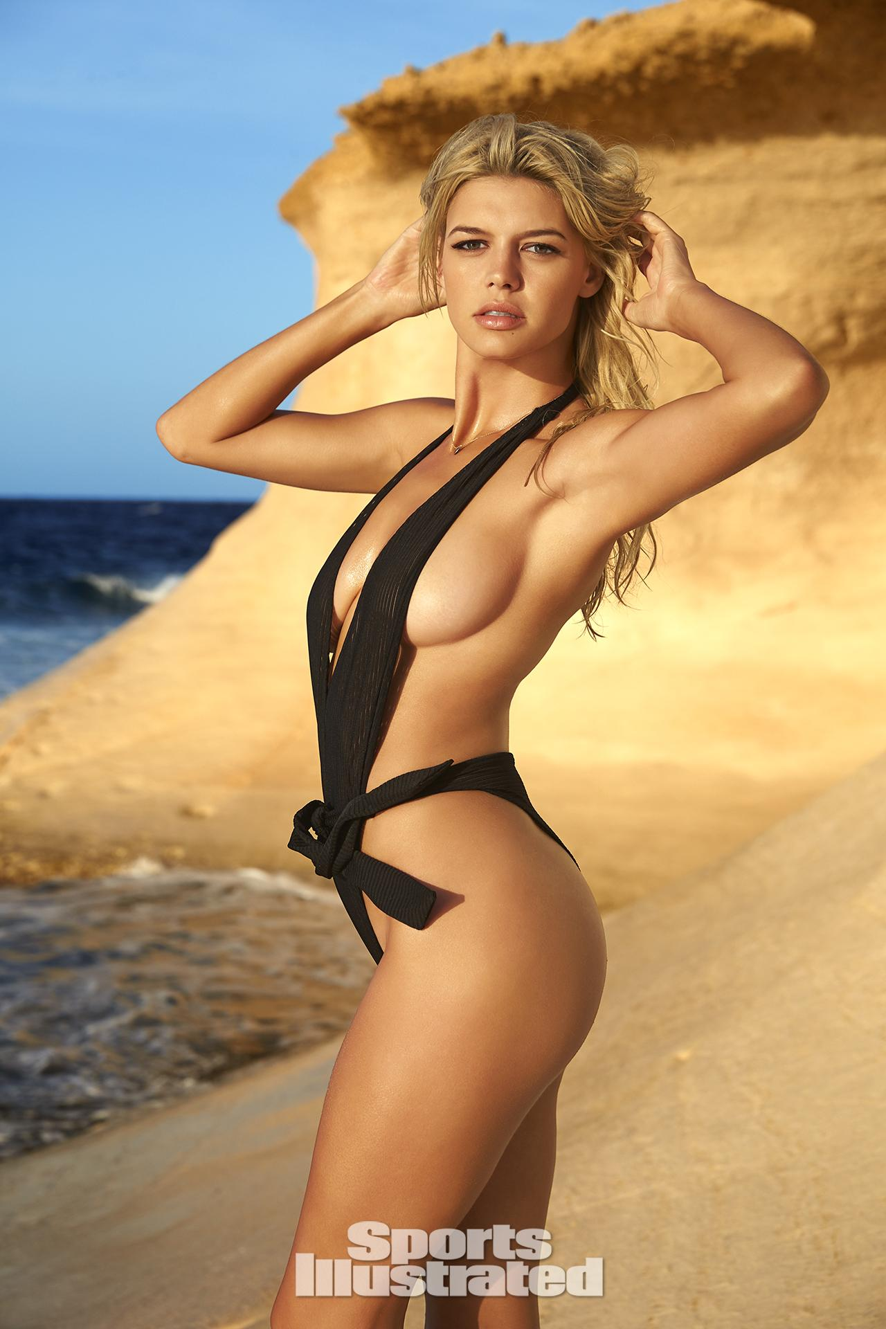 baywatch babe kelly-rohrbach shines in sexy 2016-sports-illustrated swimsuit edition 1