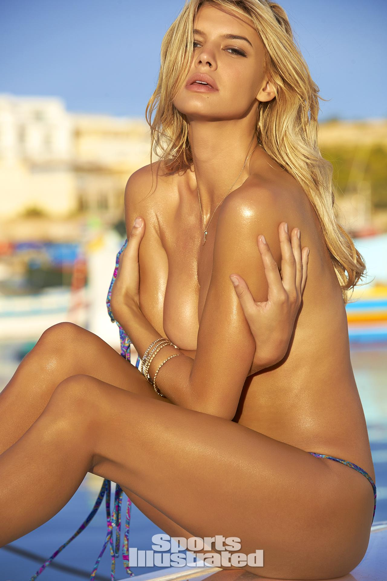 baywatch babe kelly-rohrbach shines in sexy 2016-sports-illustrated swimsuit edition 15