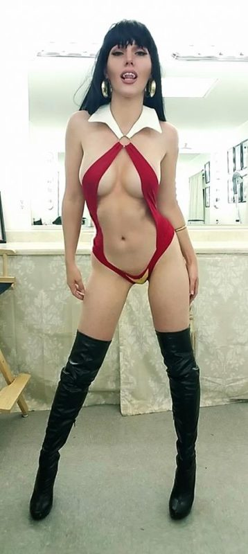 Jackie Goehner Cosplay Sexy 2016 Vampirella