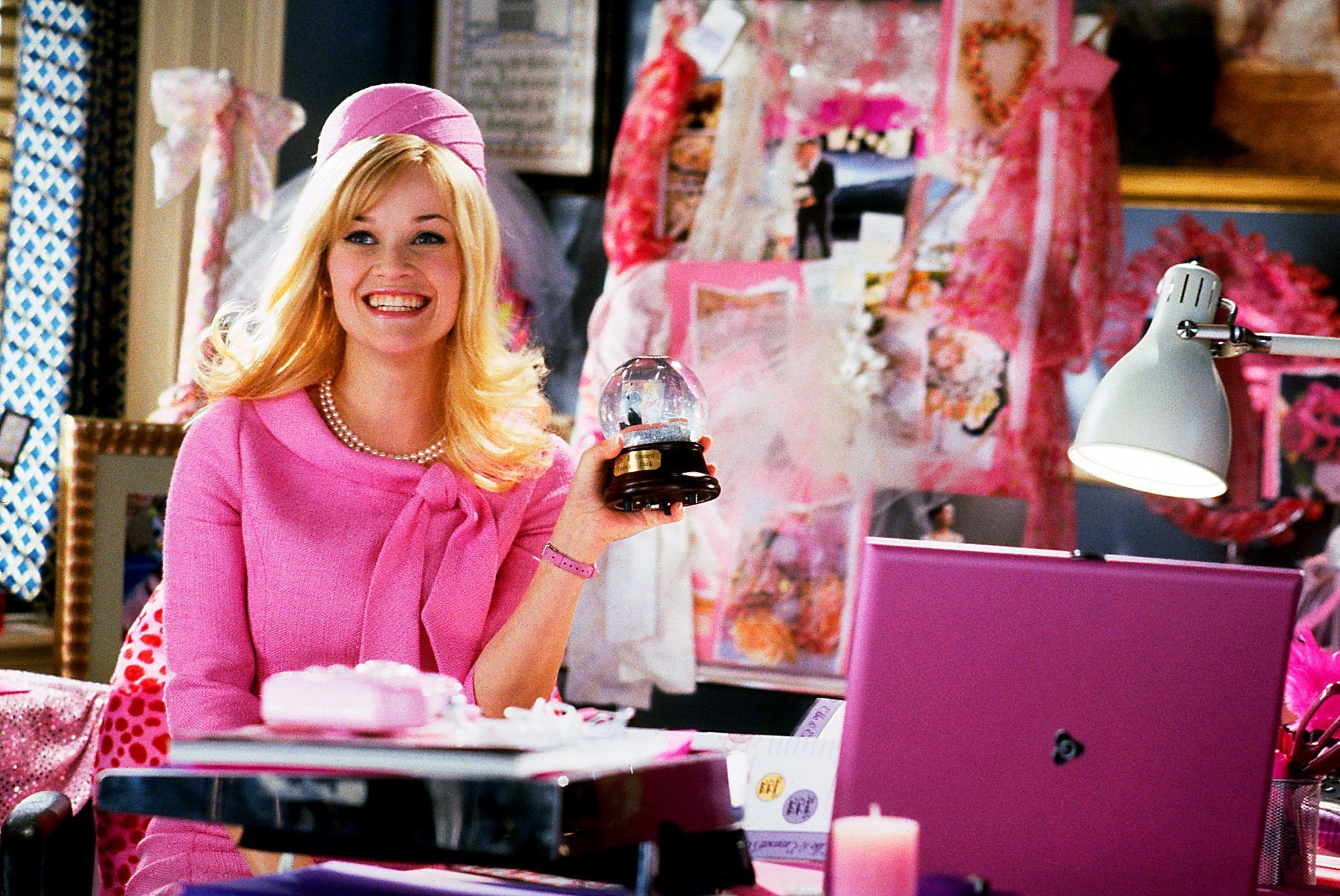Top 15 Chick Flicks LEgally Blonde