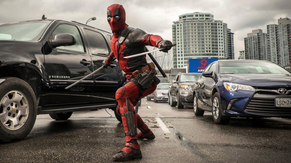 Everything Wrong With Ryan Reynolds' DEADPOOL