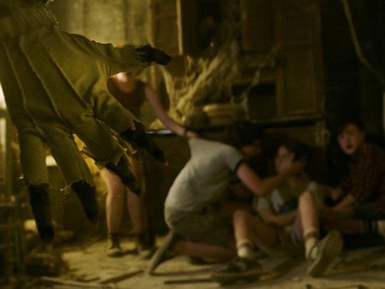 Latest It Reboot Trailer Creepy as Hell